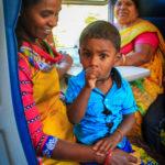 moeder, kind, trein
